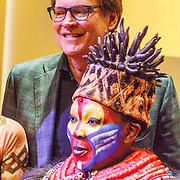 NLD/Amsterdam/20160216 - Musical The Lion King is terug!, producent Albert Verlinde en deel cast