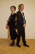 Jasmine Guinness and Gawain Rainey, Cecil Beaton portraits, National Portrait Gallery, 4 February 2004. © Copyright Photograph by Dafydd Jones 66 Stockwell Park Rd. London SW9 0DA Tel 020 7733 0108 www.dafjones.com