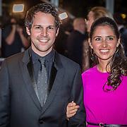 NLD/Amsterdam/20161013 - Televiziergala 2016, Victor Midz en partner