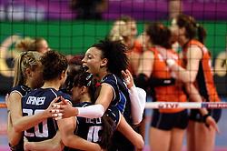 08-01-2016 TUR: European Olympic Qualification Tournament Nederland - Italie, Ankara<br /> De volleybaldames hebben op overtuigende wijze de finale van het olympisch kwalificatietoernooi in Ankara bereikt. Italië werd in de halve finales met 3-0 (25-23, 25-21, 25-19) aan de kant gezet / Valentina Diouf #17 of Italie