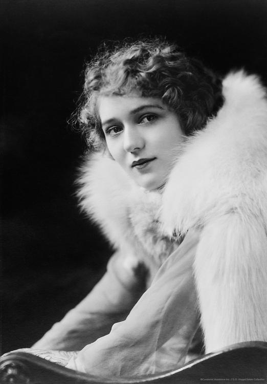 Mary Pickford, actress, USA, 1919