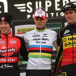 03-11-2019: Cycling: Superprestige Veldrijden: Ruddervoorde <br />Mathieu van der Poel terug in het veld