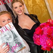 NLD/Amsterdam201606230 - Vogue The Book - Exclusive Pre-Launch, hoofdredactrice Karin Swerink en model Lara Stone