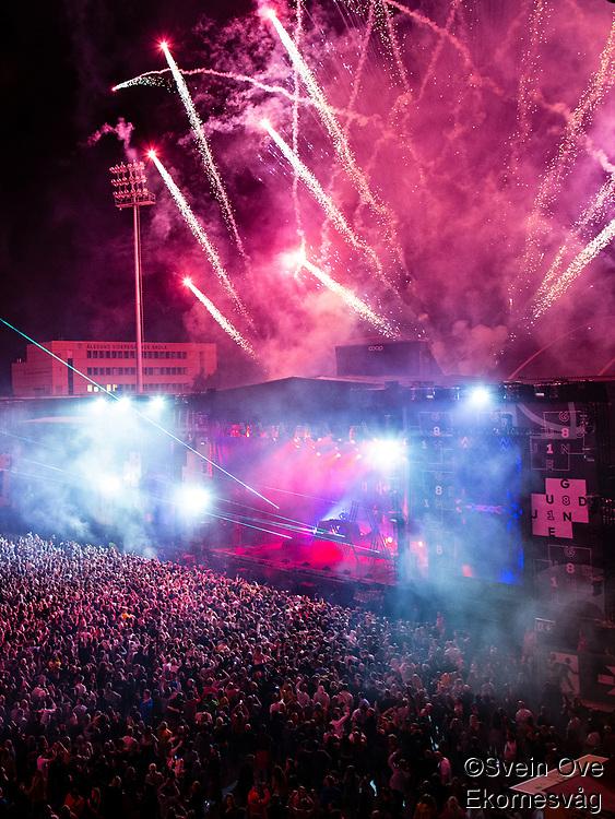 Alan Walker avslutter med fyrverkeri under Jugendfest 2018 på Color Line Stadion i Ålesund.