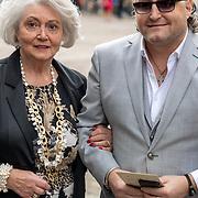 NLD/Den Haag/20190917 - Prinsjesdag 2019, Dion Graus en zijn moeder