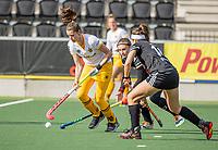 AMSTELVEEN - Lidewij Welten (DenBosch)  tijdens  de hoofdklasse hockey competitiewedstrijd dames, Amsterdam-Den Bosch (0-1)  COPYRIGHT KOEN SUYK