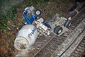 2010_11_05_Oxshott_Train_Crash_SSI