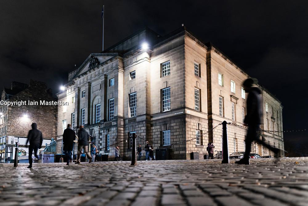 Night view of High Court in Edinburgh on the Royal Mile, Edinburgh, Scotland, UK
