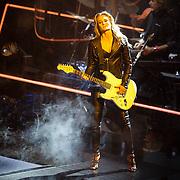 NLD/Hilversum/20151218 - The Voice of Holland 2015 - 3de liveshow, Stephanie Klaver