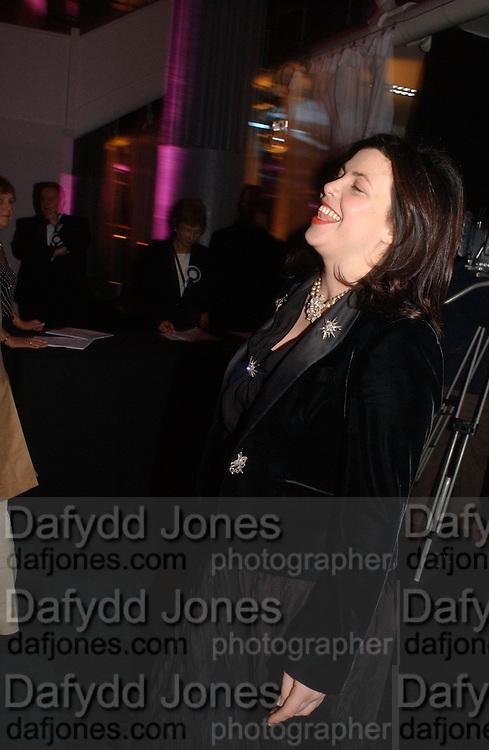 Kirstie Allsop. The Black and White Winter Ball. Old Billingsgate. London. 8 February 2006. -DO NOT ARCHIVE-© Copyright Photograph by Dafydd Jones 66 Stockwell Park Rd. London SW9 0DA Tel 020 7733 0108 www.dafjones.com