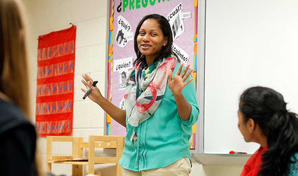 African American Teaching Fellow Tamara Wilkerson teaching spanish at Jack Jouett Middle School. Photo/Andrew Shurtleff