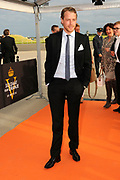 Premiere nieuwe cast Soldaat van Oranje<br /> Caption op het voormalige vliegveld Valkenburg in Katwijk. De musical blijft hier nog tot en met januari 2012 te zien in de TheaterHangaar. <br /> <br /> Op de foto:<br /> <br />  Mark van Eeuwen