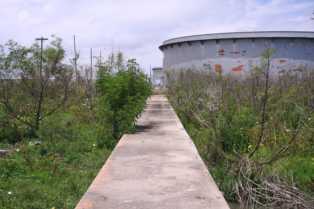 Storage Tanks, Pilottown, LA