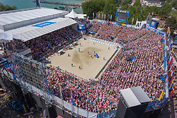 03-08-2013 VOLLEYBAL: EK BEACHVOLLEYBAL: KLAGENFURT <br /> Centercourt support publiek item beach<br /> **NETHERLANDS ONLY**<br /> ©2013-FotoHoogendoorn.nl