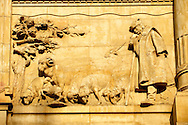 Bas relief sculptures on the Hungarian National Bank building, Budapest, Hungary .<br /> <br /> Visit our HUNGARY HISTORIC PLACES PHOTO COLLECTIONS for more photos to download or buy as wall art prints https://funkystock.photoshelter.com/gallery-collection/Pictures-Images-of-Hungary-Photos-of-Hungarian-Historic-Landmark-Sites/C0000Te8AnPgxjRg