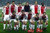 Fotball<br /> UEFA Champions League 2003/2004<br /> Norway Only<br /> Foto: Digitalsport<br /> <br /> seizoen 2003 / 2004 , amsterdam 22-10-2003 , eerste ronde champions league ajax - celta de vigo 1-0. teamfoto elftalfoto . achter: galasek , ibrahimovic , van damme , lobont , pasanen en trabelsi . voor: pienaar , van der vaart , maxwell  , sneijder en sonck .