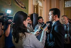 Porto Alegre, RS 25.09.2018: O prefeito Nelson Marchezan Júnior e o secretário municipal da Cultura Luciano Alabarse assinaram nesta terça-feira(25), com o presidente da Câmara Rio-Grandense do Livro, Isatir Antonio Bottin Filho, o termo de autorização para realização da 64ª Edição da Feira do Livro de Porto Alegre. O evento foi realizado no Salão Nobre do Paço dos Açorianos.<br /> Foto: Jefferson Bernardes/PMPA