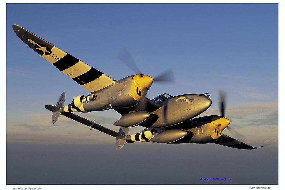 """P-38 """"Jolt Josie"""", air-to-air"""