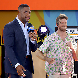 August 10, 2018 - New York City, New York, U.S. - 'GMA' co-host MICHAEL STRAHAN and ANDREW TAGGART from 'The Chainsmokers' perform on 'Good Morning America' held in Central Park. (Credit Image: © Nancy Kaszerman via ZUMA Wire)