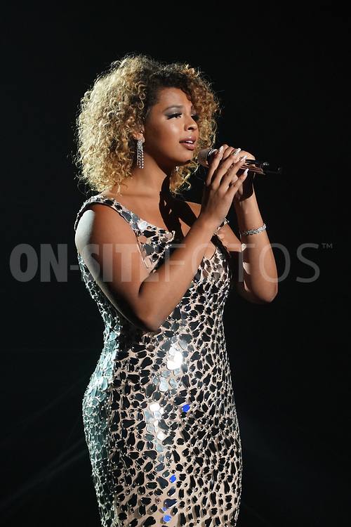 """AMERICAN IDOL – """"414 (Oscar Nominated Songs)"""" – The top 12 contestants perform Oscar®-nominated songs in hopes of securing America's vote into the top nine on an all-new episode of """"American Idol,"""" airing live coast-to-coast on SUNDAY, APRIL 18 (8:00-10:00 p.m. EDT), on ABC. (ABC/Eric McCandless)<br /> ALYSSA WRAY"""