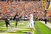 January 31 2016: Team Rice Travis Kielce catches a touchdown during the Pro Bowl at Aloha Stadium on Oahu, HI. (Photo by Aric Becker/Icon Sportswire)