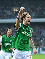 Fotball<br /> Tyskland<br /> 24.04.2010<br /> Foto: Witters/Digitalsport<br /> NORWAY ONLY<br /> <br /> 1:0 Jubel Torsten Frings Bremen nach Elfmeter<br /> <br /> Bundesliga SV Werder Bremen - 1. FC Köln