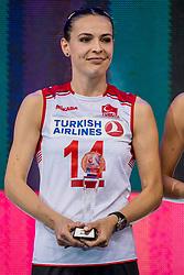 01-10-2017 AZE: Final CEV European Volleyball Nederland - Servie, Baku<br /> Nederland verliest opnieuw de finale op een EK. Servië was met 3-1 te sterk / Eda Erdem Dundar #14 of Turkey