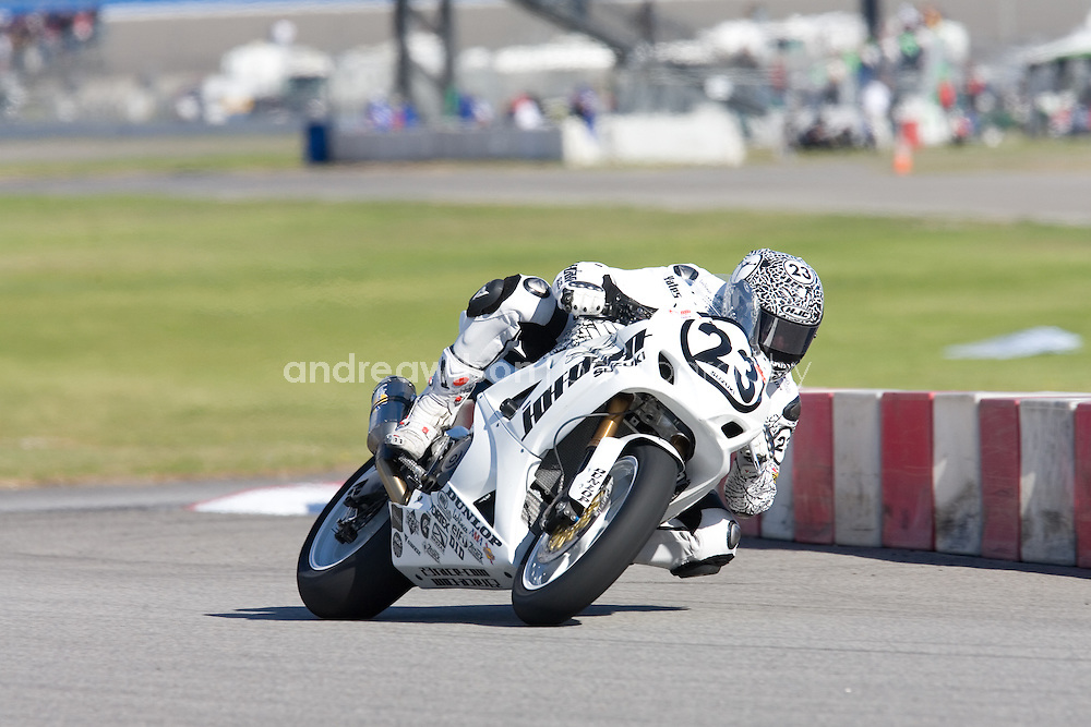 Round 2 - AMA Pro Racing - AMA Superbike - Auto Club Speedway - Fontana, CA - March 20-22, 2009.:: Contact me for download access if you do not have a subscription with andrea wilson photography. ::  ..:: For anything other than editorial usage, releases are the responsibility of the end user and documentation will be required prior to file delivery ::..