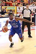 DESCRIZIONE : Campionato 2015/16 Giorgio Tesi Group Pistoia - Acqua Vitasnella Cantù<br /> GIOCATORE : Hall Langston <br /> CATEGORIA : Palleggio <br /> SQUADRA : Acqua Vitasnella Cantù<br /> EVENTO : LegaBasket Serie A Beko 2015/2016<br /> GARA : Giorgio Tesi Group Pistoia - Acqua Vitasnella Cantù<br /> DATA : 08/11/2015<br /> SPORT : Pallacanestro <br /> AUTORE : Agenzia Ciamillo-Castoria/S.D'Errico<br /> Galleria : LegaBasket Serie A Beko 2015/2016<br /> Fotonotizia : Campionato 2015/16 Giorgio Tesi Group Pistoia - Sidigas Avellino<br /> Predefinita :