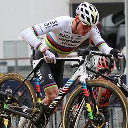26-12-2019: Wielrennen: Wereldbeker veldrijden: Zolder <br /> Mathieu van der Poel wint op het Circuit van Zolder