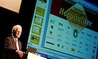 NVG-congres 2006 te Zeist: NVG-voorzitter Gerard Rijs.