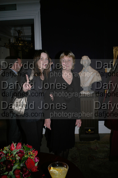 Carla Bruni and Marisa Bruni Tedeschi,  private view of The Alberto Bruni Tedeschi Collection -  Sotheby's,19 March 2007.  -DO NOT ARCHIVE-© Copyright Photograph by Dafydd Jones. 248 Clapham Rd. London SW9 0PZ. Tel 0207 820 0771. www.dafjones.com.