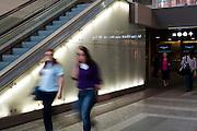 Progetto di recupero e adeguamento funzionale della stazione di porta Nuova, Torino. Nell'immagine un particolare degli interni.