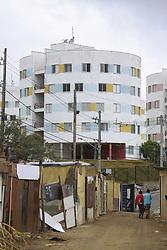 August 4, 2017 - Sem teto ocupam torres projetadas pelo arquiteto Ruy Ohtake em Heliopolis. Obra estava paralizada pela prefeitura desde 2015. (Credit Image: © Joel Nogueira/Fotoarena via ZUMA Press)
