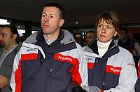 Motorsport<br /> Rally - WRC<br /> Foto: Dppi/Digitalsport<br /> NORWAY ONLY<br /> <br /> AUTO - PARIS DAKAR 2004 <br /> <br /> AUTO - COLIN MCRAE WITH HIS WIFE / NISSAN - AMBIANCE - PORTRAIT