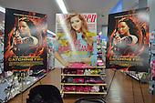 Willow Shields Magazine Signing - Vienna, Va
