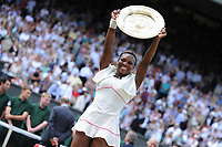 TENNIS - WIMBLEDON CHAMPIONSHIPS 2010 - LONDON (GBR) - 03/07/2010 - PHOTO : ANTOINE COUVERCELLE / TENNIS MAG / DPPI<br /> WOMEN SINGLE FINAL - SERENA WILLIAMS (USA) DEF VERA ZVONAREVA (RUS)