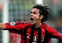 MILANO, STADIO GIUSEPPE MEAZZA, 29/09/2004<br /> <br /> CHAMPIONS' LEAGUE MATCHDAY 2<br /> <br /> INCONTRO AC MILAN-CELTIC GLASGOW 3-1<br /> <br /> FILIPPO INZAGHI ESULTA DOPO IL SUO GOL DEL 2-1<br /> <br /> Filippo Inzaghi celebrates his goal of 2-1<br /> <br /> FOTO GRAFFITI