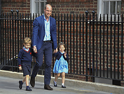 2018?4?23?.     ?????1????????????.       4?23???????????????????????????????????????????????????????????????.       ??????????????????????????????????????????????????.     ????????·???????????4?23???.BRITAIN-LONDON-ROYAL BABY.(180423) -- LONDON, April 23, 2018  Britain's Prince William (C), Duke of Cambridge arrives with Prince George (L) and Princess Charlotte to visit Britain's Catherine, Duchess of Cambridge, who has given birth to a baby boy at St Mary's Hospital in London, Britain, on April 23, 2018. Princess Kate on Monday gave birth to a boy, her third child, who is the fifth in line to the British throne. (Credit Image: © Stephen Chung/Xinhua via ZUMA Wire)
