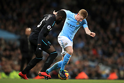 Manchester City's Kevin De Bruyne (right) and West Ham United's Arthur Masuaku battle for the ball