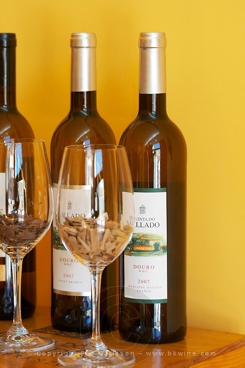 douro doc white and moscatel galego glasses with oak chips quinta do vallado douro portugal