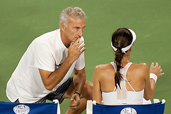 August 15, 2018 - Cincinnati, OH, USA - Western and Southern Open Tennis, Cincinnati, OH - August 15, 2018 - Ajla Tomljanovic's coach advises her in a game against Simone Halep in the Western and Southern Tennis tournament held in Cincinnati. - Photo by Wally Nell/ZUMA Press (Credit Image: © Wally Nell via ZUMA Wire)
