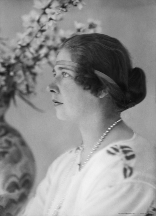 Queen of Serbia, 1923