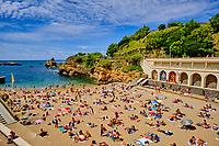 France, Pyrénées-Atlantiques (64), Pays Basque, Biarritz, la plage du Port Vieux // France, Pyrénées-Atlantiques (64), Basque Country, Biarritz, the beach of Port Vieux