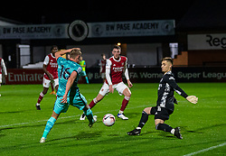 LONDON, ENGLAND - Friday, October 30, 2020: Liverpool's substitute Paul Glatzel shoots over the bar under pressure from Arsenal's goalkeeper Hubert Graczyk during the Premier League 2 Division 1 match between Arsenal FC Under-23's and Liverpool FC Under-23's at Meadow Park. Liverpool won 1-0. (Pic by David Rawcliffe/Propaganda)
