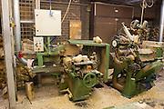 Produktie bij de grootste klompenfabriek ter wereld, Klompenfabriek Nijhuis B.V. in Beltrum. Voor de productie van klompen worden speciale en zelf ontwikkelde machines gebruikt. Hoewel het principe al erg oud is, worden de productietechnieken nog steeds verbeterd.<br /> <br /> Production at the biggest manufacturer of wooden shoes, Klompenfabriek Nijhuis B.V. at Beltrum (NL). For the production special and self developed machines are used. Although the principe of the manufacturing is very old, the techniques are still being improved.
