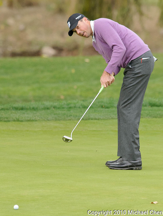 Matt Kuchar putts on hole 2 during Round 3 of the 2010 Chevron World Challenge at the Sherwood Country Club in Thousand Oaks, Calif., on Saturday, Dec. 4, 2010.