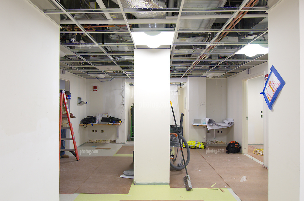 VA Medical Center West Haven ICU Step Down Expansion.VA Project No. 689-375   PAI Project No. 33656.00.Photographer: James R Anderson.Date of Photograph: 16 November 2012   Time: 1:46 PM   Image No.: 02.
