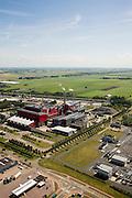 Nederland, Noord-Holland, Alkmaar, 14-07-2008; Huisvuilcentrale Noord-Holland - HVC; verzorgt vuilverbranding (huishoudelijk en bedrijfsafval); ook een op hout gestookte bio-energiecentrale voor opwekking groene stroom; vuilnis.  luchtfoto (toeslag); aerial photo (additional fee required); .foto Siebe Swart / photo Siebe Swart