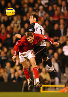 Fotball<br /> Premier League 2004/05<br /> Fulham v West Bronwich Albions<br /> 16. januar 2005<br /> Foto: Digitalsport<br /> NORWAY ONLY<br /> Fulham's Carlos Bocanegra and West Brom's Zoltan Gera
